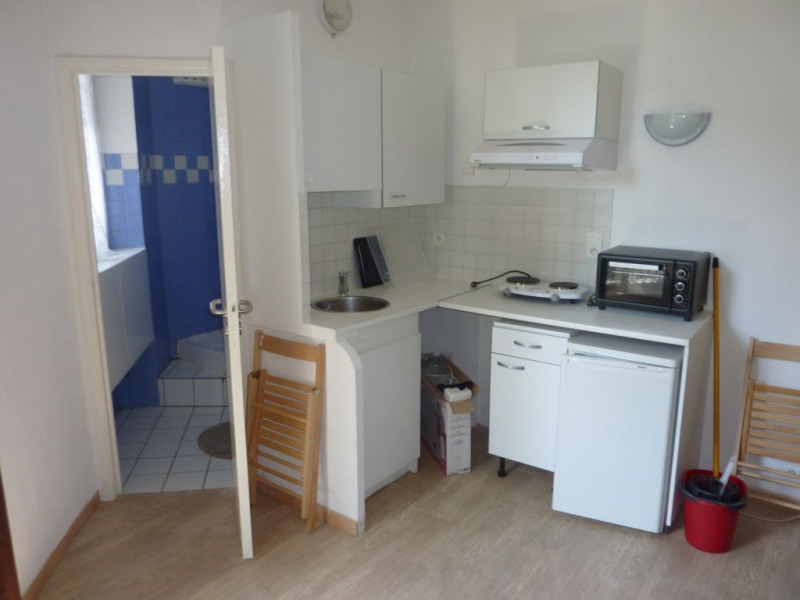 Rental apartment Nice 495€ CC - Picture 2