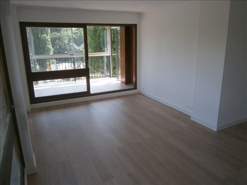 Location appartement Rocquencourt 1224€ CC - Photo 1
