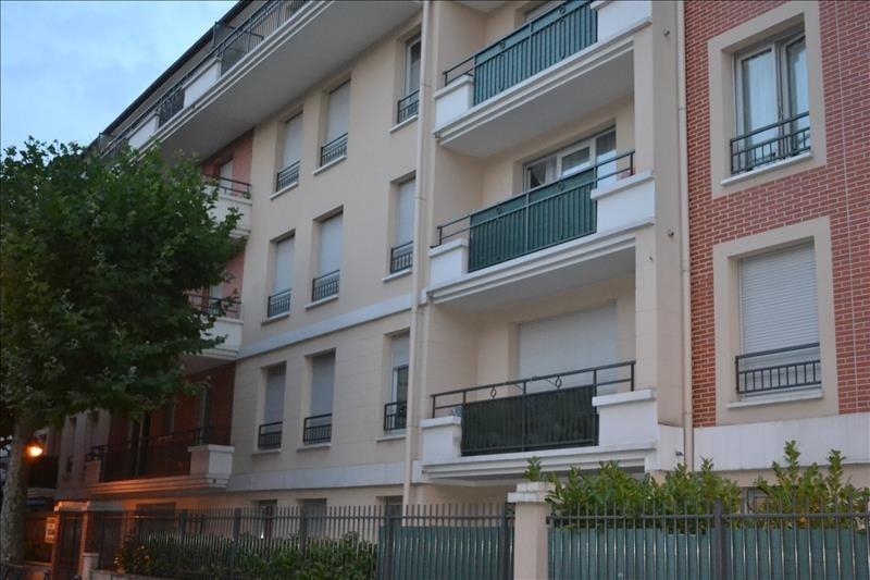 Rental apartment Les pavillons sous bois 850€ CC - Picture 1