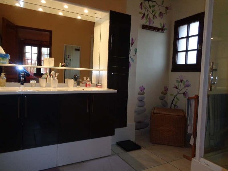 Sale house / villa Bullion 419000€ - Picture 7
