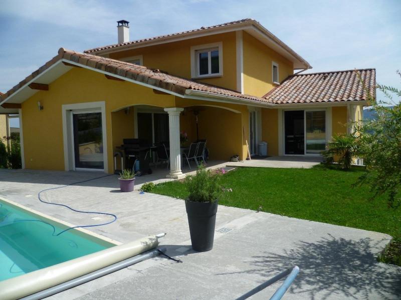 Sale house / villa Bessenay 420000€ - Picture 1