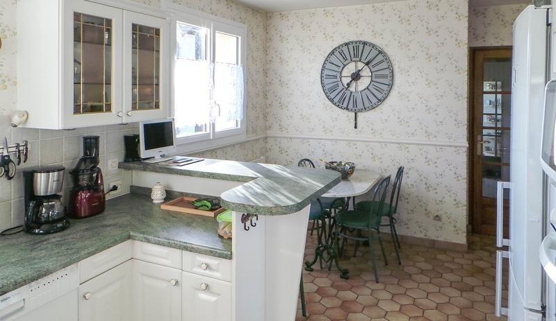 Vente maison / villa Les essarts le roi 493500€ - Photo 7