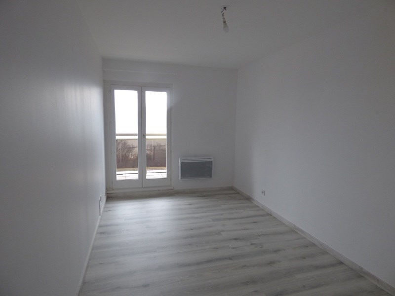 Location appartement Tresserve 865€ CC - Photo 5