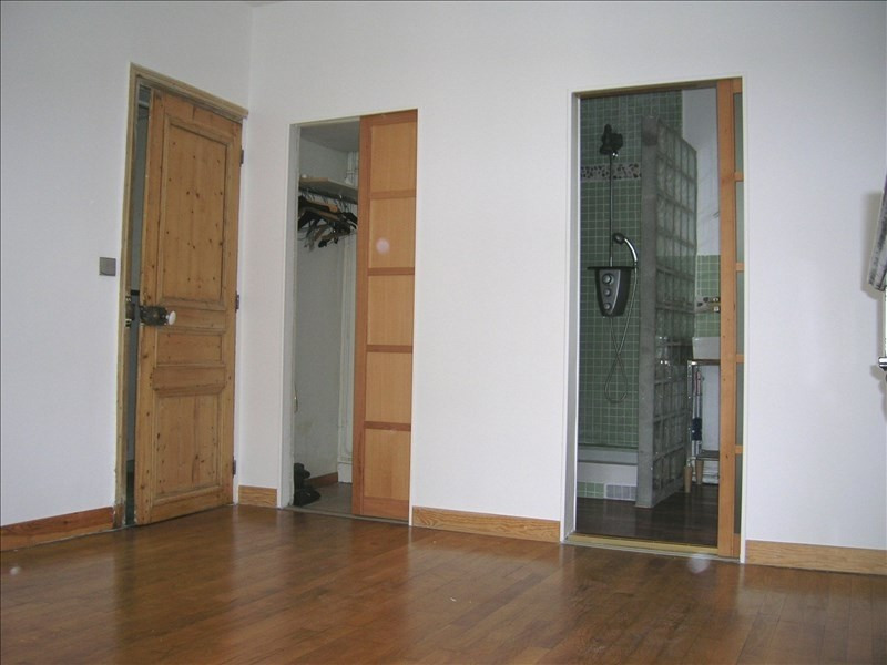 Rental apartment Paris 18ème 1200€ CC - Picture 5