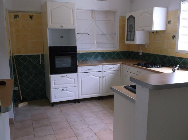 Rental house / villa Petit bourg 990€ CC - Picture 4