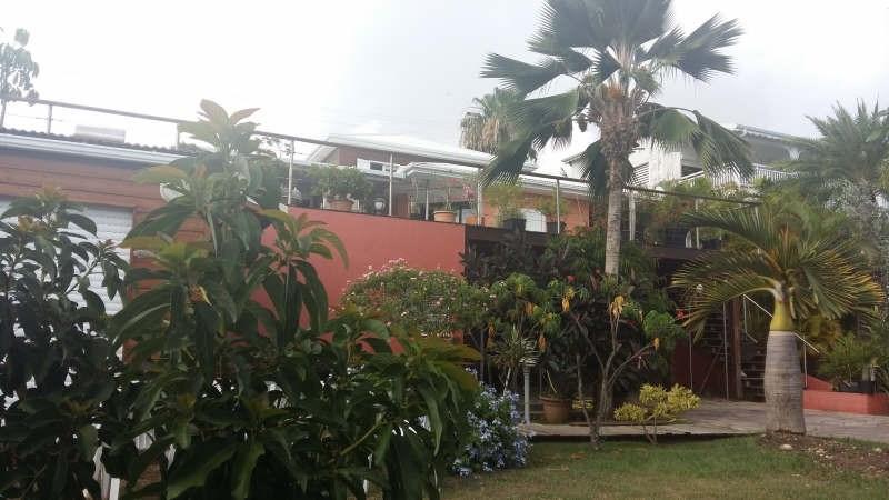 Deluxe sale house / villa Ste anne 780000€ - Picture 3