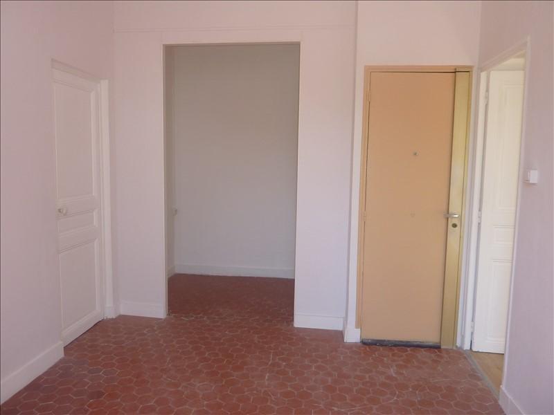 Alquiler  apartamento Marseille 8ème 480€ CC - Fotografía 6