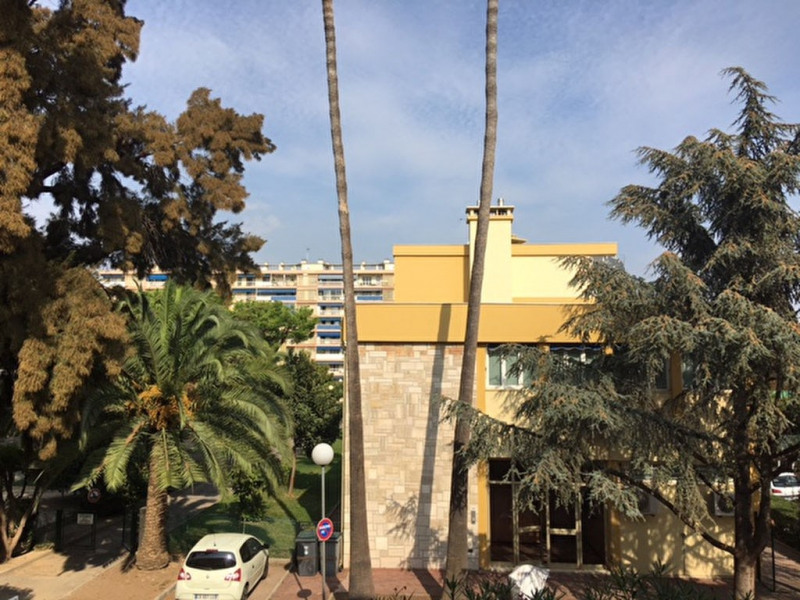 Vente appartement Saint laurent du var 185 000€ - Photo 1