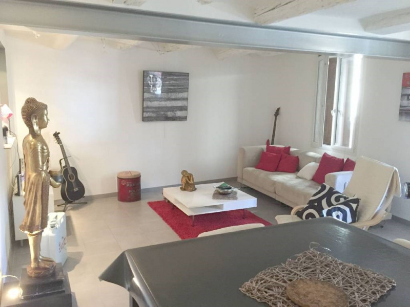 Location maison / villa Domazan 620€ CC - Photo 3