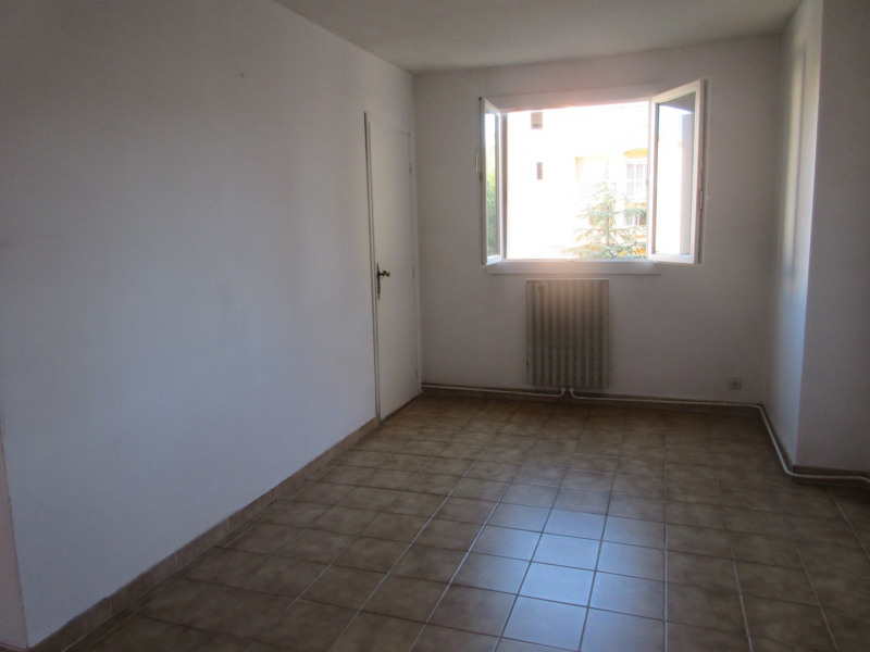 Location appartement Aix-en-provence 910€ CC - Photo 3