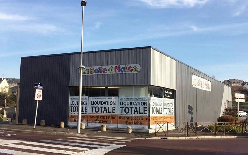 Location local commercial Coutances 4143€ CC - Photo 2