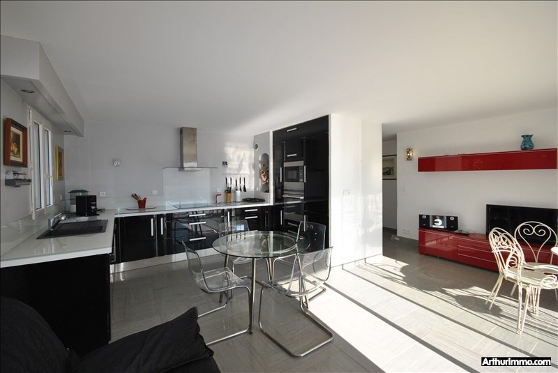 Sale apartment St raphael 245 000€ - Picture 2