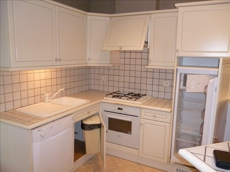 Rental house / villa Riorges 670€ CC - Picture 3