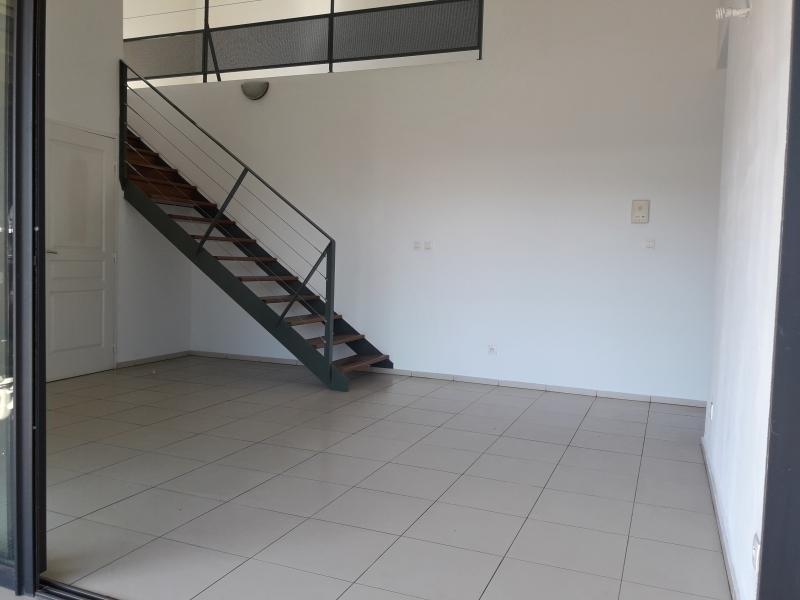 Sale apartment St paul 186800€ - Picture 3