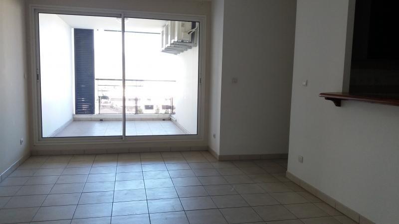 Sale apartment Ste clotilde 159000€ - Picture 2