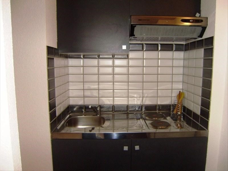 Rental apartment Le puy en velay 276,75€ CC - Picture 2