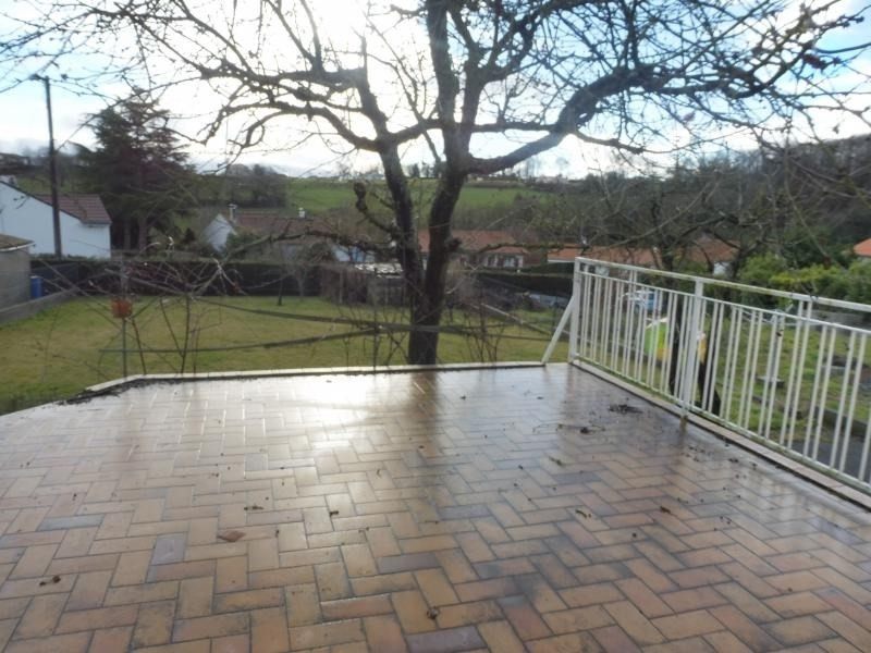 Sale house / villa Montrevault 106200€ - Picture 3