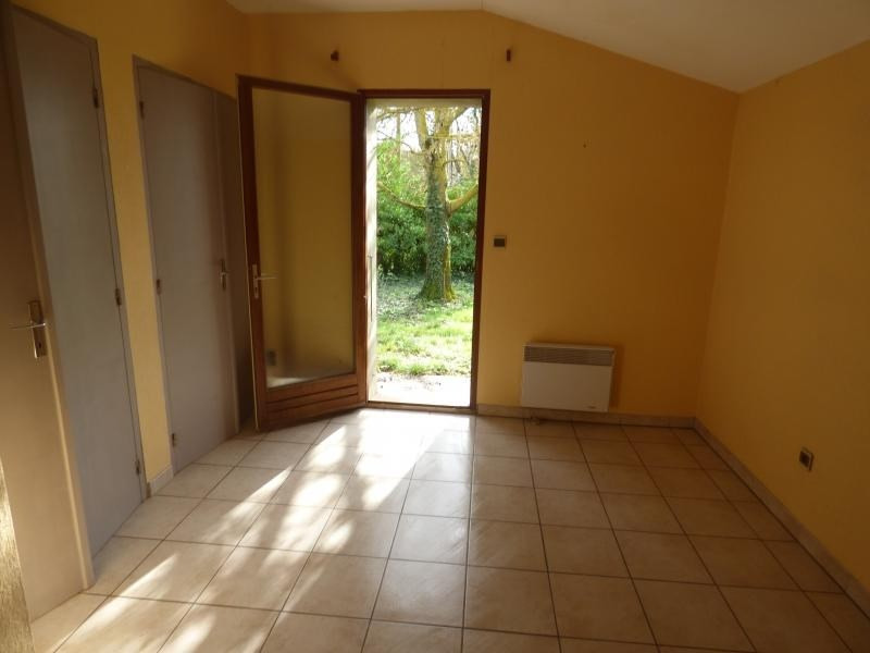 Vente maison / villa L isle jourdain 261000€ - Photo 8