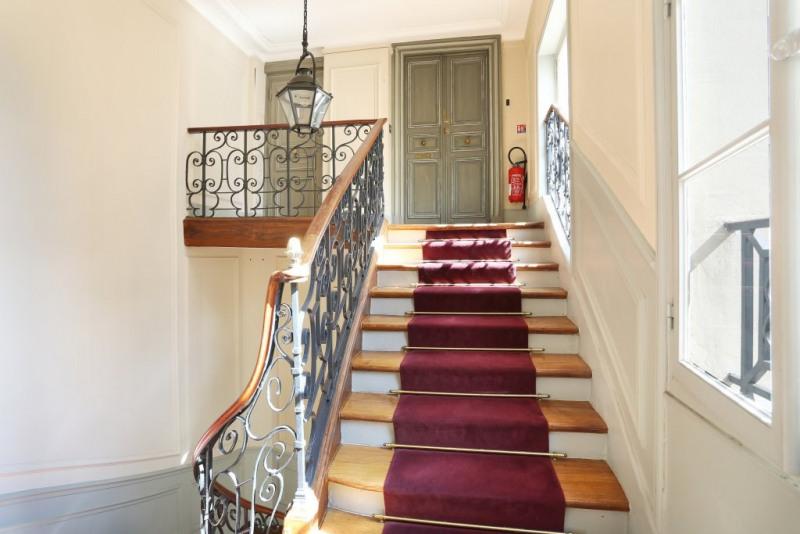 Vente de prestige appartement Paris 4ème 777000€ - Photo 14
