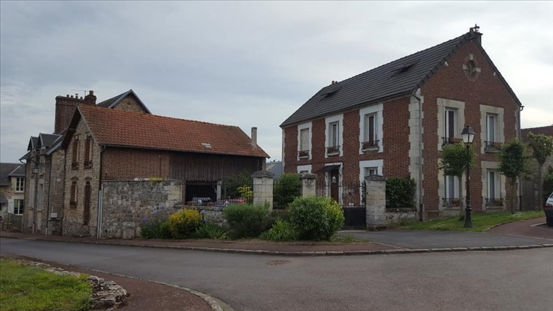 Sale house / villa Villers cotterets 230 000€ - Picture 1