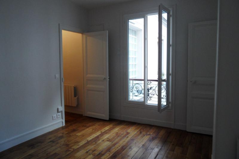 Rental apartment Paris 5ème 989€ CC - Picture 2