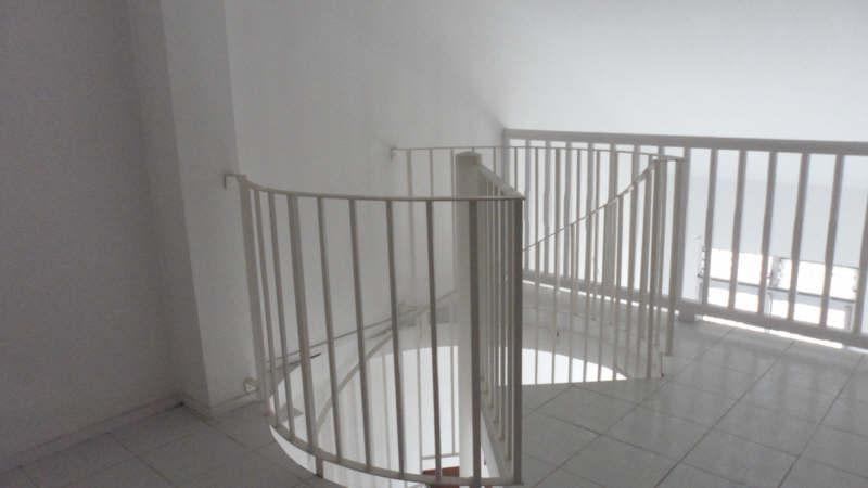 Location appartement Pointe a pitre 545€ CC - Photo 4
