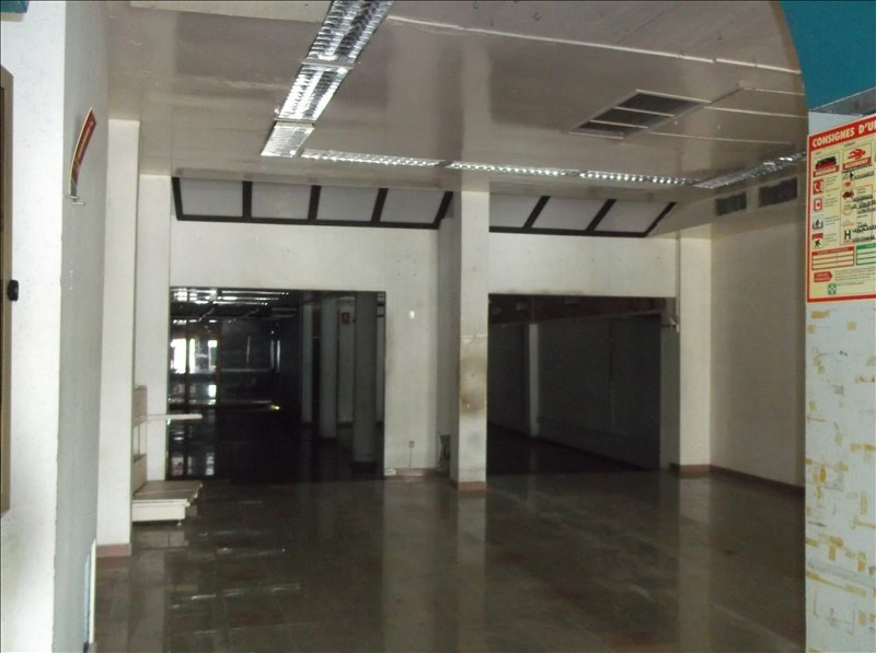 Location local commercial Pointe a pitre 6500€ CC - Photo 2