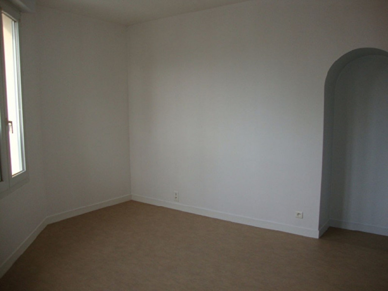 Location appartement Pont l abbe 355€ CC - Photo 3