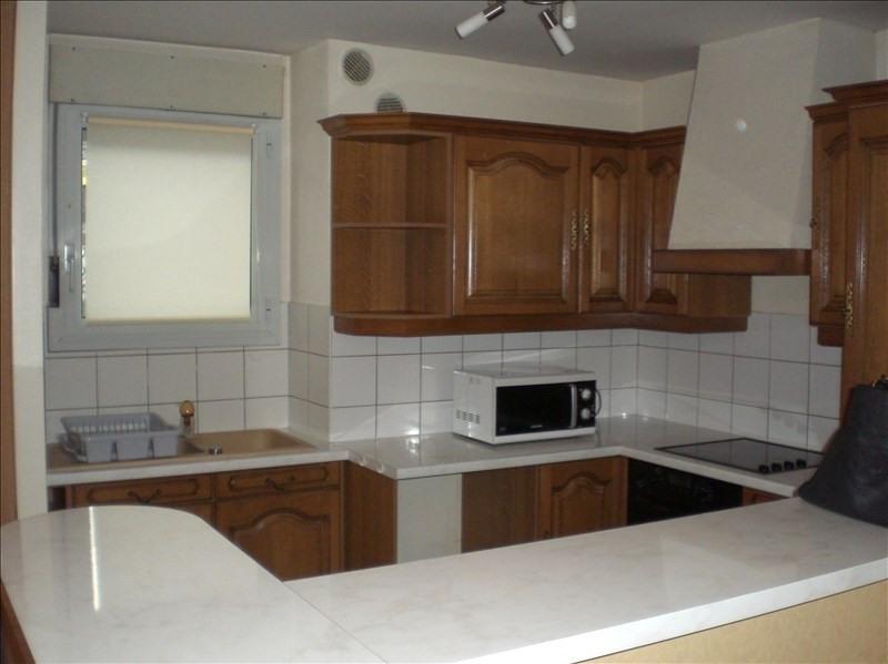 Rental apartment Ornex 1270€ CC - Picture 4