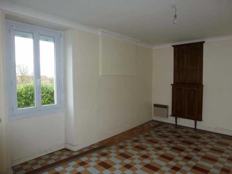 Location maison / villa Senille 495€ CC - Photo 2