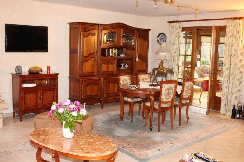 Sale house / villa Lamorlaye 550000€ - Picture 2