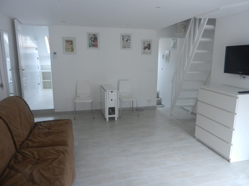 Location appartement Fontainebleau 930€ CC - Photo 1