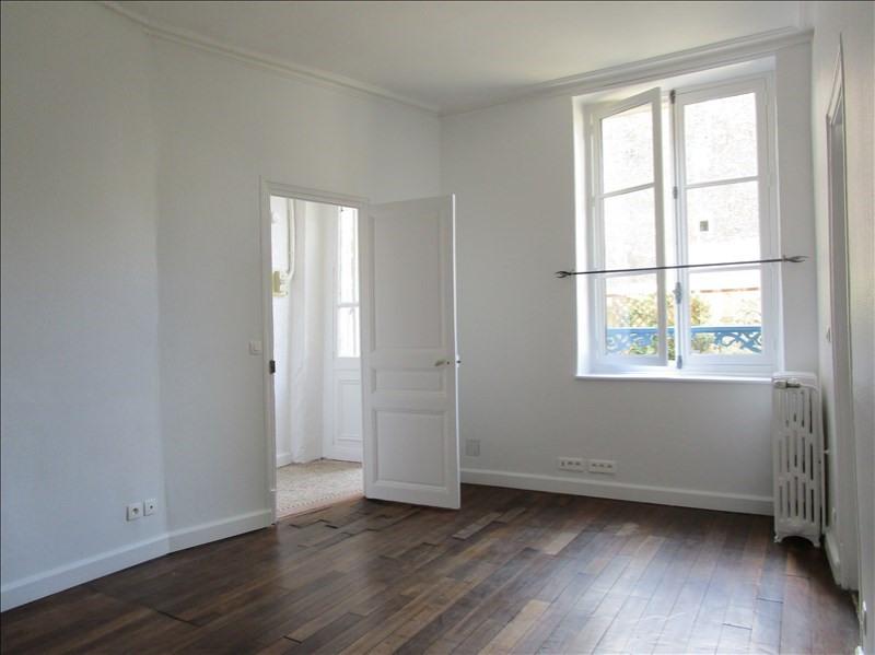 Location appartement Versailles 990€ CC - Photo 1