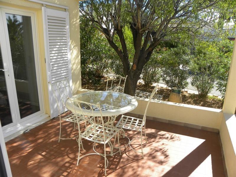 Location vacances maison / villa Bandol 490€ - Photo 2