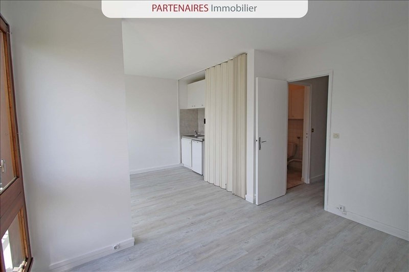 Location appartement Le chesnay 667€ CC - Photo 4