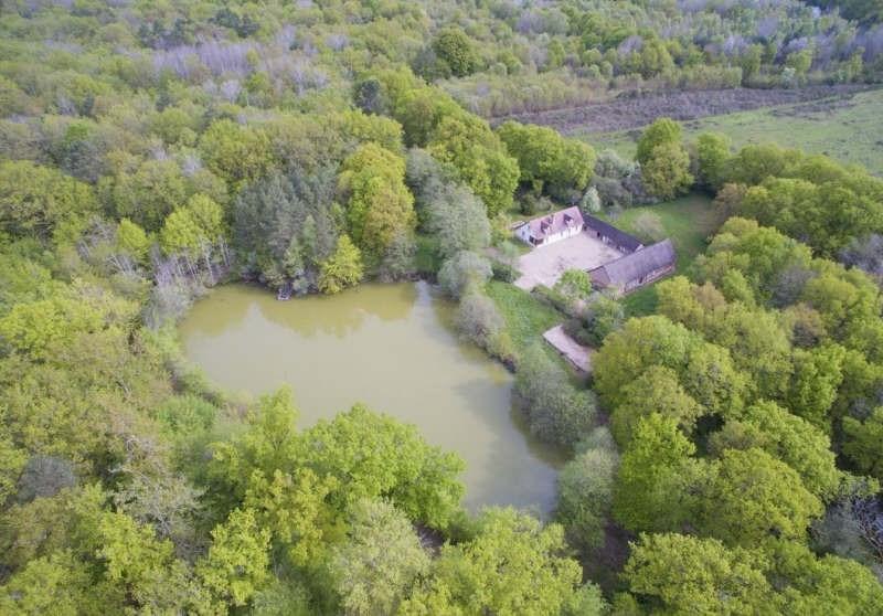 Sale house / villa Dhuizon 469000€ - Picture 1