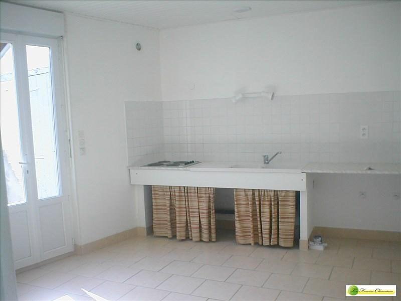 Rental apartment Angoulême 639€ CC - Picture 3