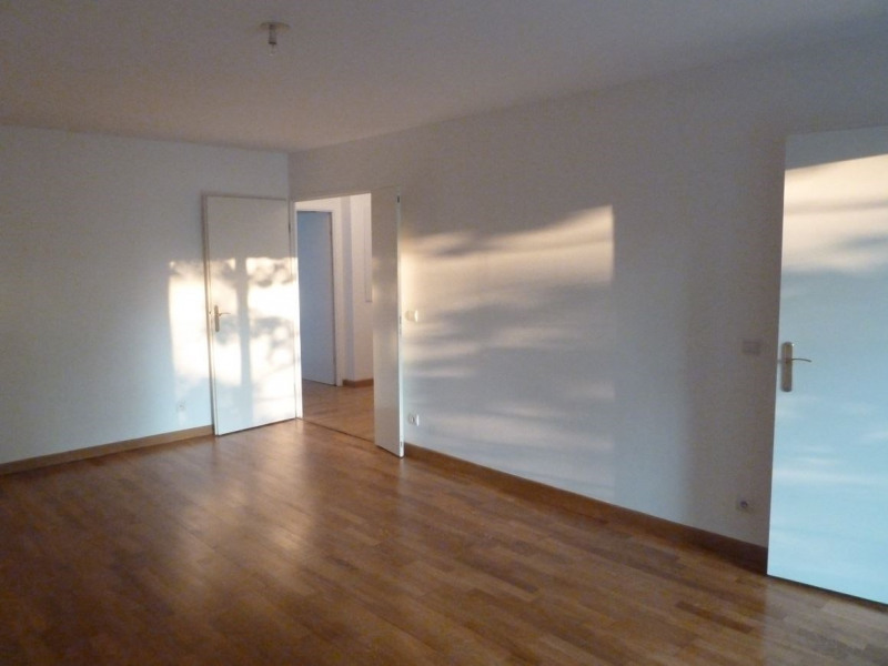 Sale apartment Paris 18ème 359 000€ - Picture 2