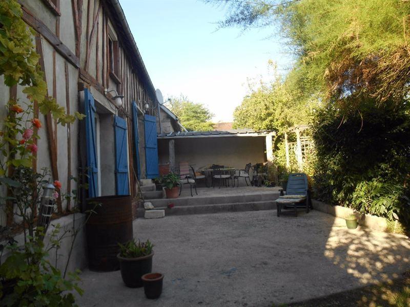 Sale house / villa Froissy 219000€ - Picture 1