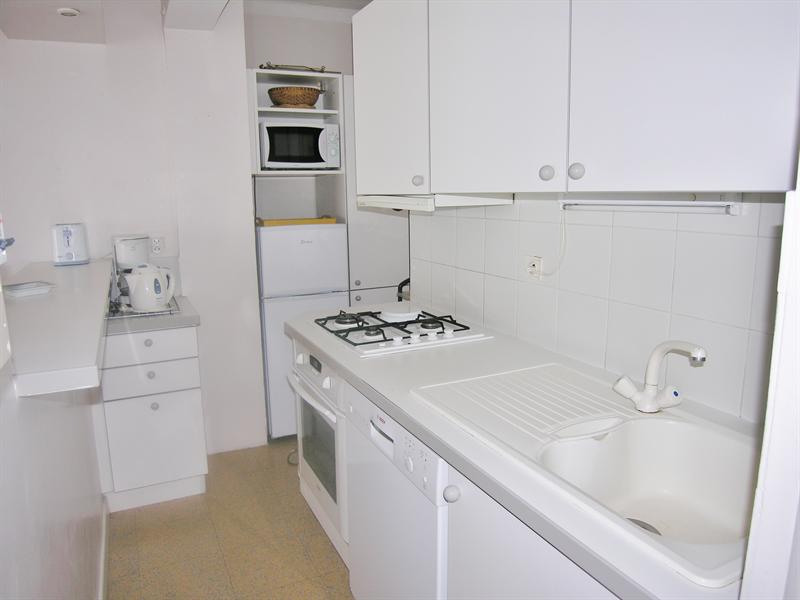 Vacation rental apartment Golfe juan 425€ - Picture 4