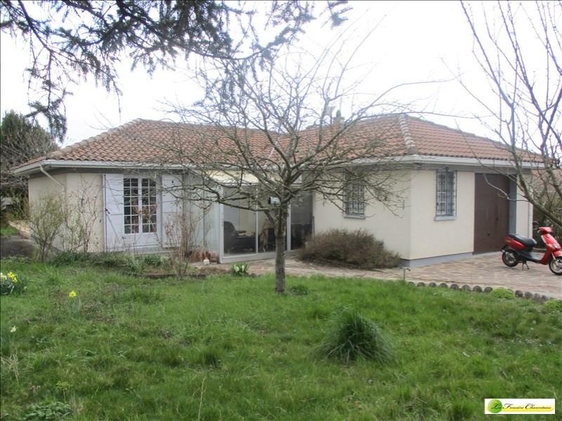 Sale house / villa Angouleme 174000€ - Picture 1