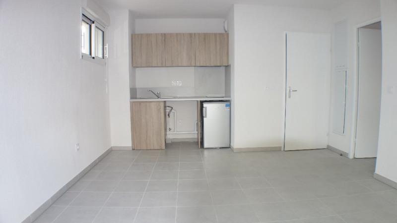 Verhuren  appartement Londe les maures 675€ CC - Foto 3