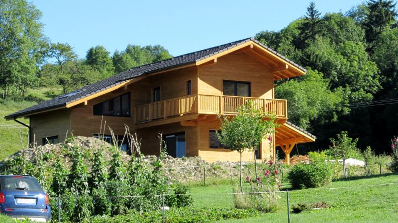 Maison  6 pièces + Terrain 702 m² Saint-Martin-Bellevue par STRUCTANOVA