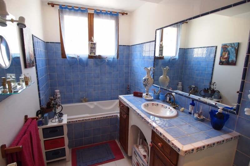 Sale house / villa Uzes 300000€ - Picture 13