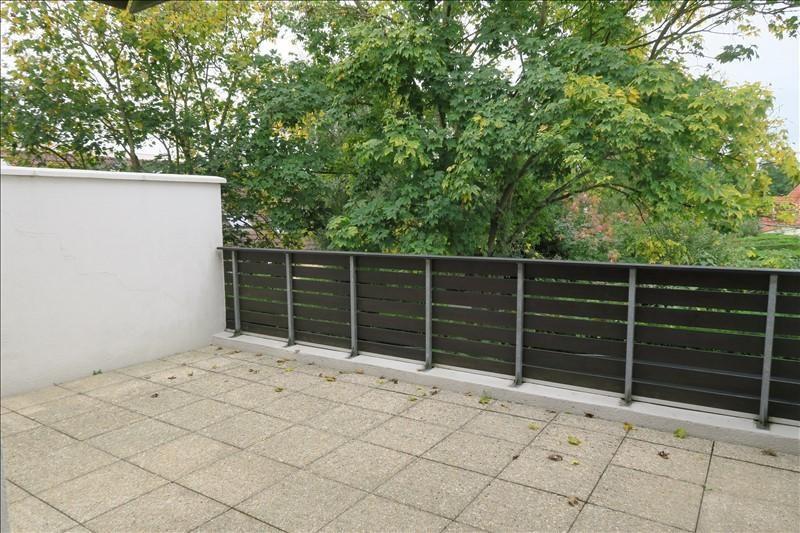 Sale apartment Voisins le bretonneux 215000€ - Picture 1