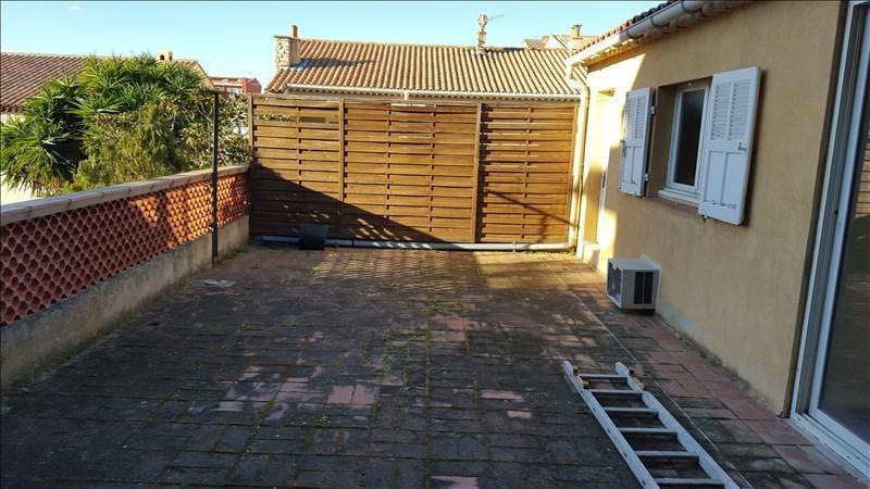 Sale building La londe les maures 424000€ - Picture 1