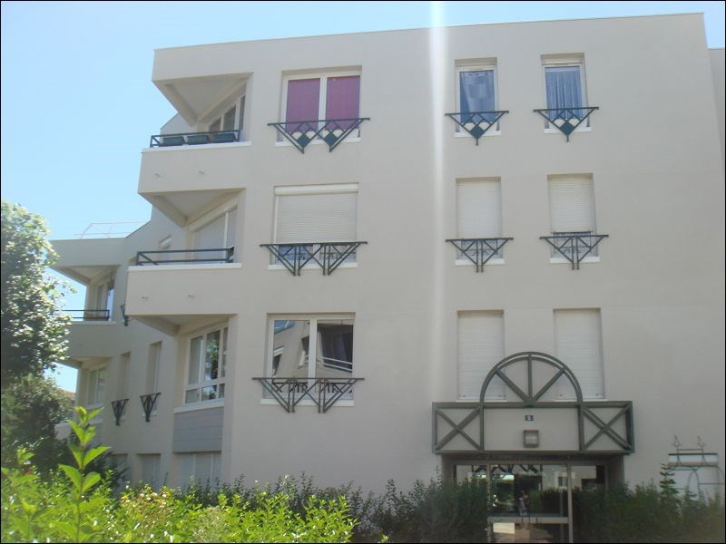 Rental apartment Viry chatillon 756€ CC - Picture 1