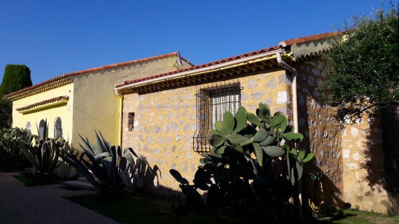 Deluxe sale house / villa Villeneuve loubet 849000€ - Picture 2
