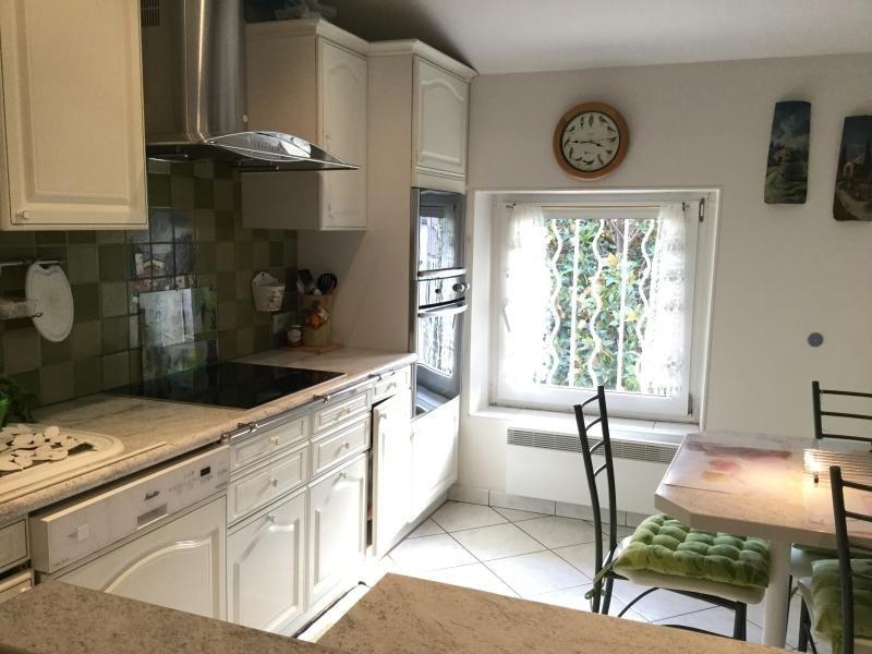 Sale apartment Lambesc 259000€ - Picture 3