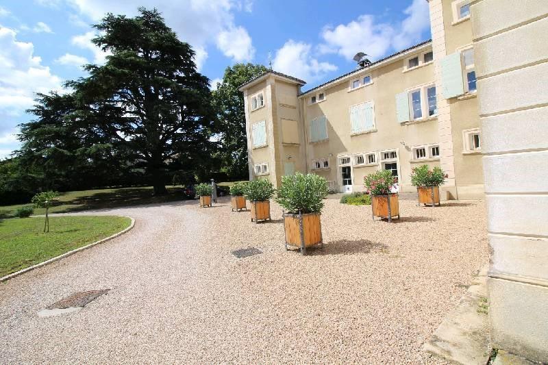 Rental apartment Vernaison 585€ CC - Picture 1